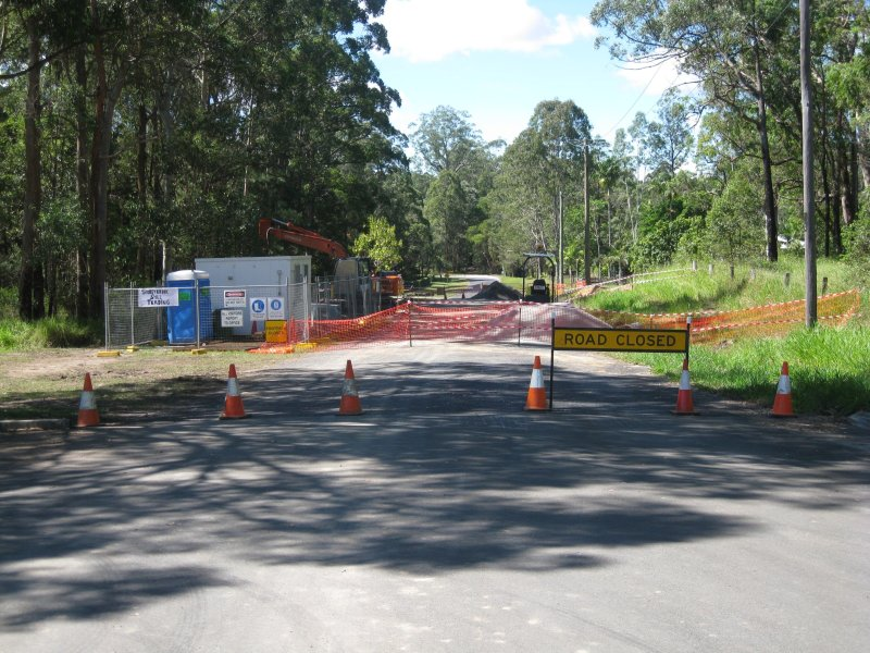 angrms-peterson-level-crossing-progress-21st-april-2012-a